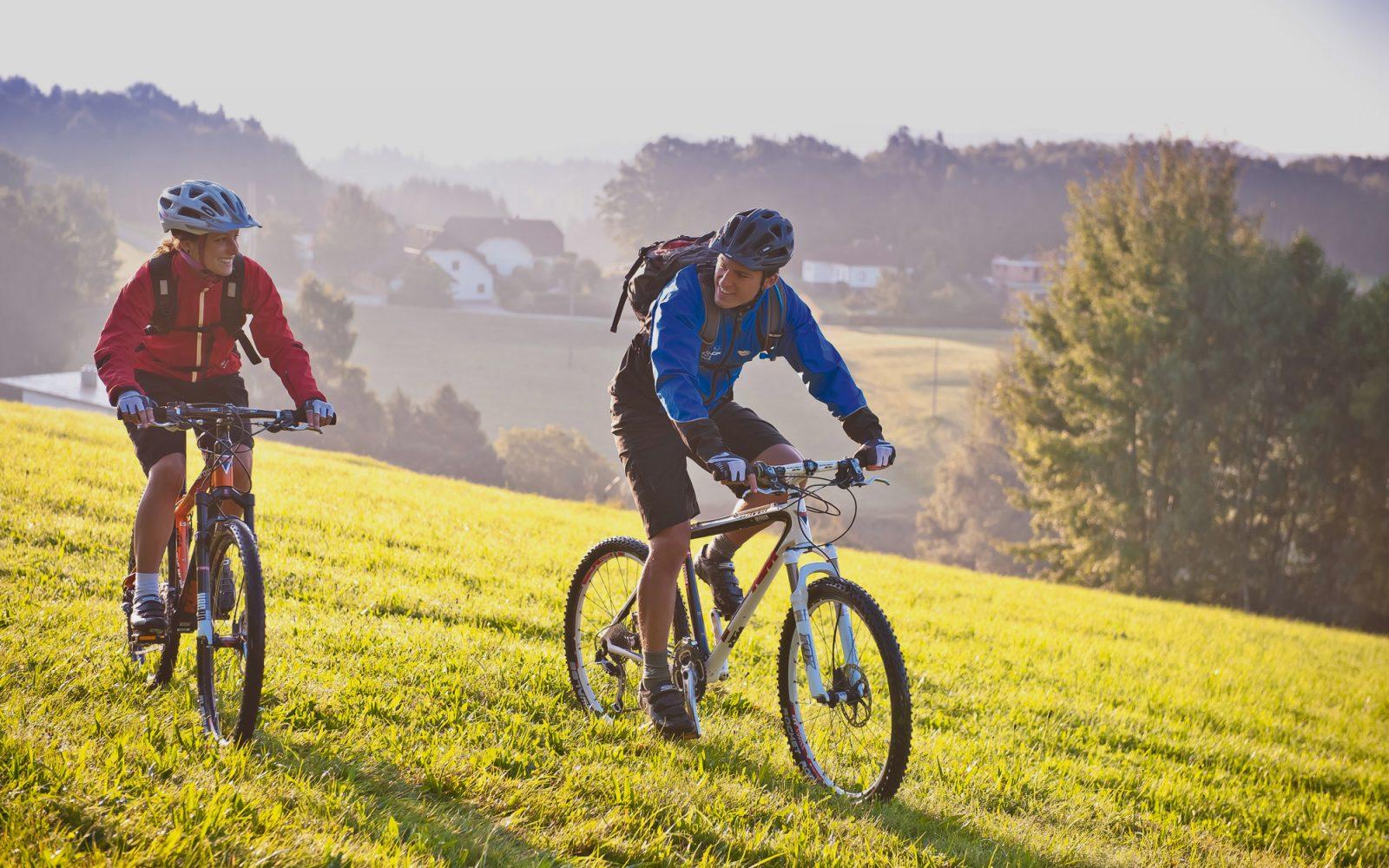 Entspanntes Rad fahren als Aktivität in Kirchschlag - Hotel Alpenblick